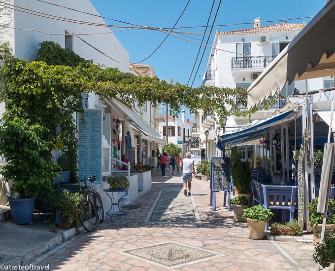 spetses-street